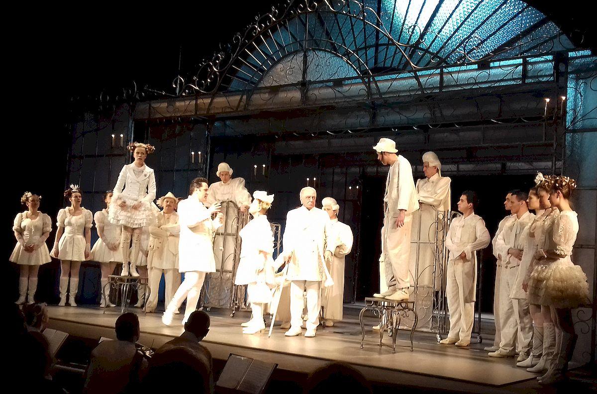 Représentation au Toursky, par la troupe du Théâtre de Kazan, du Mariage de Figaro